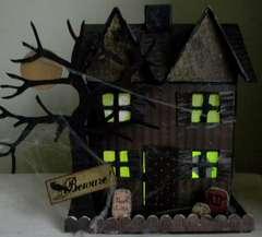 Haunted House *Moxxie*