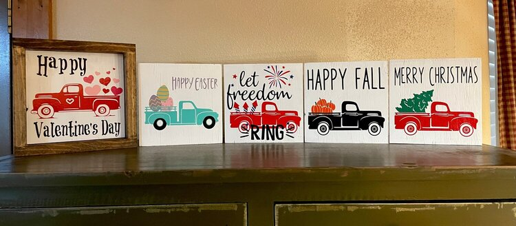 Interchangeable Holiday Farmhouse Truck Sign