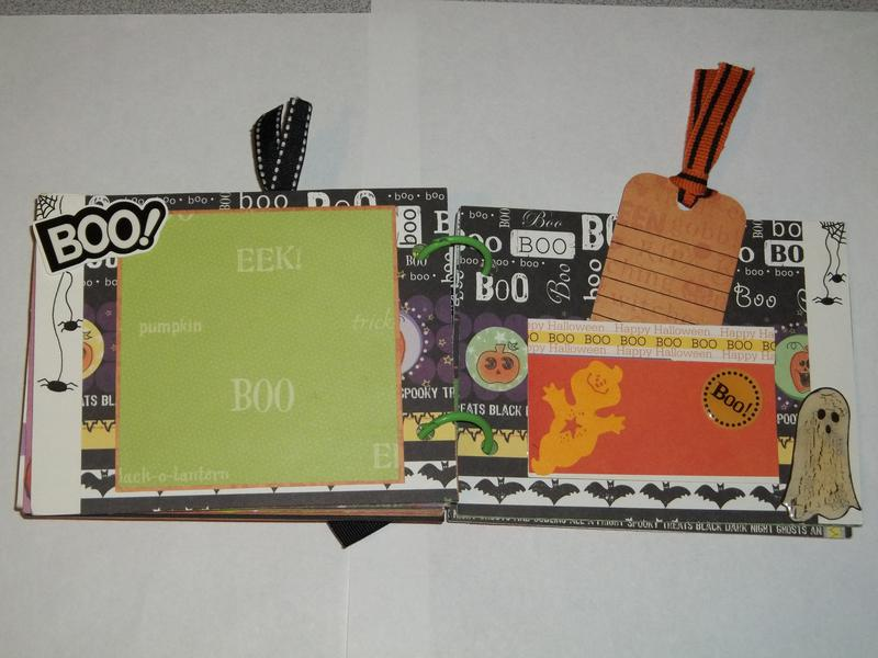 Halloween chipboard Mini Album