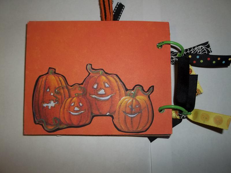 Halloween chipboard Mini Album