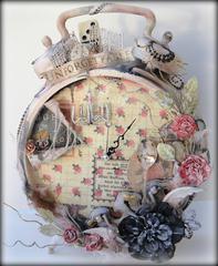Prima Altered Clock