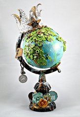 Queen of the World Globe for Art Venture