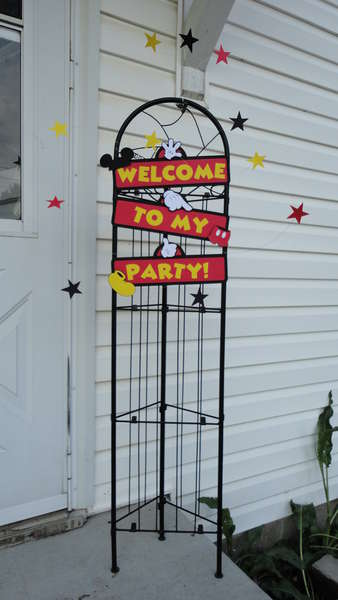 Mickey Mouse Party Welcome Sign