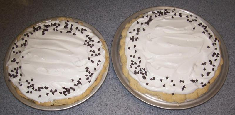 Chocolate pie with whip cream & mini chocolate chips