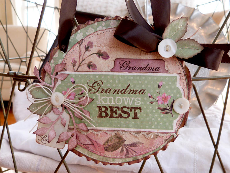 Grandma Knows Best Wall Hanging