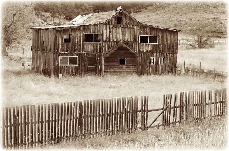 Jan 11 ~ Old Barn, Klein Montana