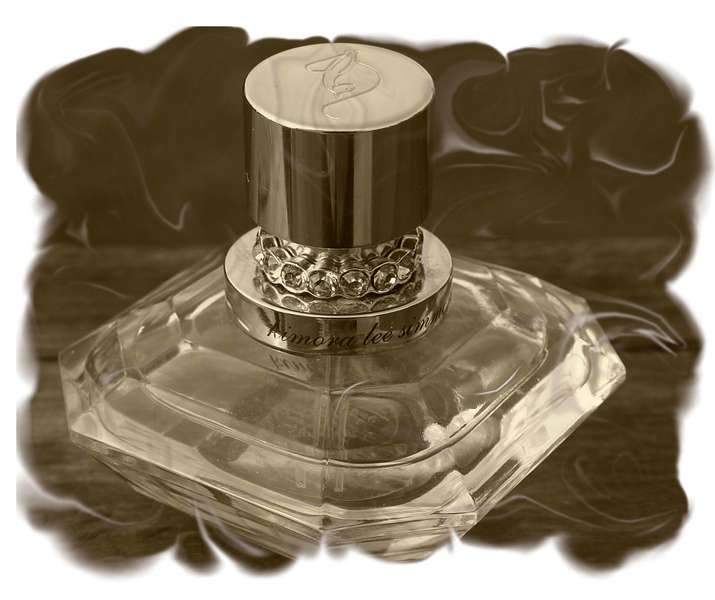 Photo Hunt....Perfume
