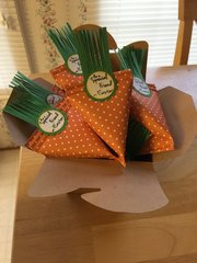 Easter Carrot Goody Holder