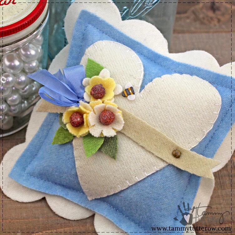 Wool Applique Bowl Filler
