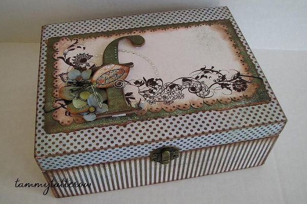 Family Memento Box *BasicGrey Archaic*