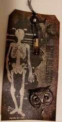 Skeleton Halloween Tag