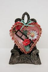 Sizzix Heart Shadow Box and Easel