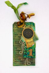 Tag with Sizzix Fringe Die