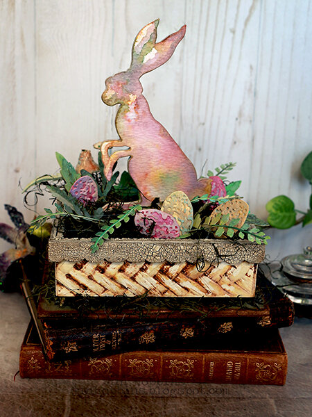 Mr. Rabbit Interwine Vignette Box
