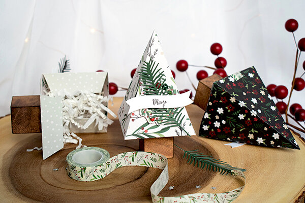 Cozy Christmas Table Boxes