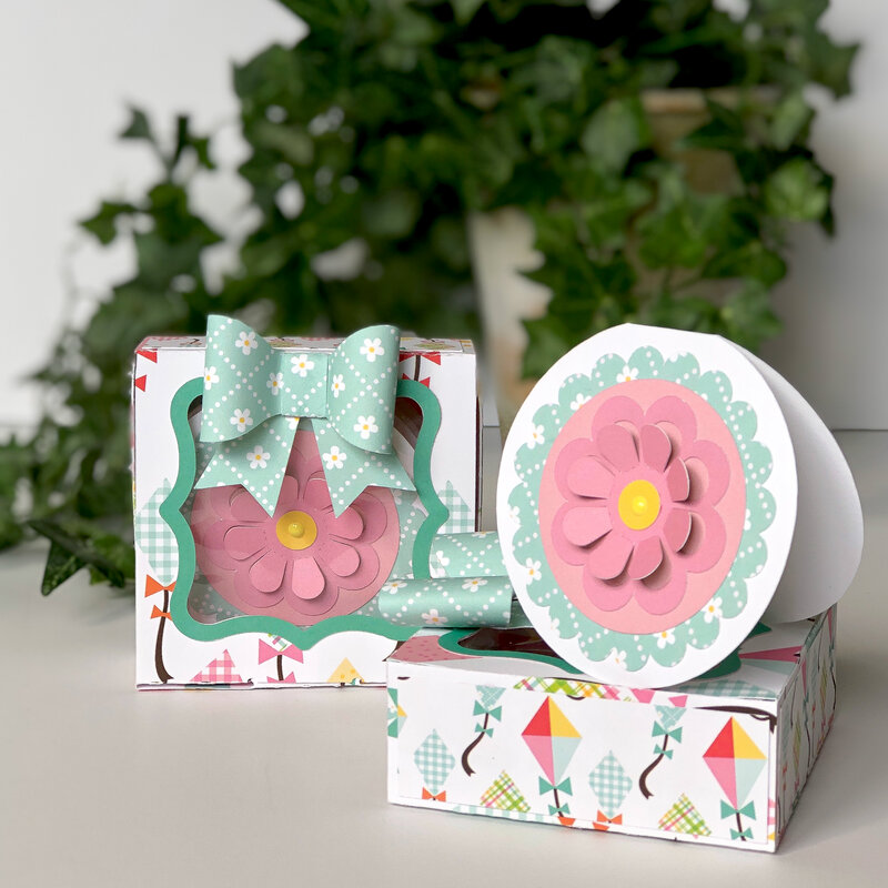 Spring Fling Enclosure Cards in Gift Box