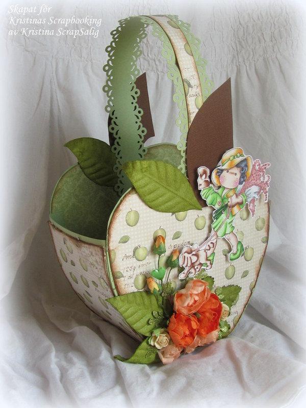 Apple shaped basket with Tilda