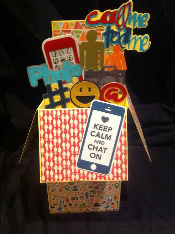 Social Media pop up card