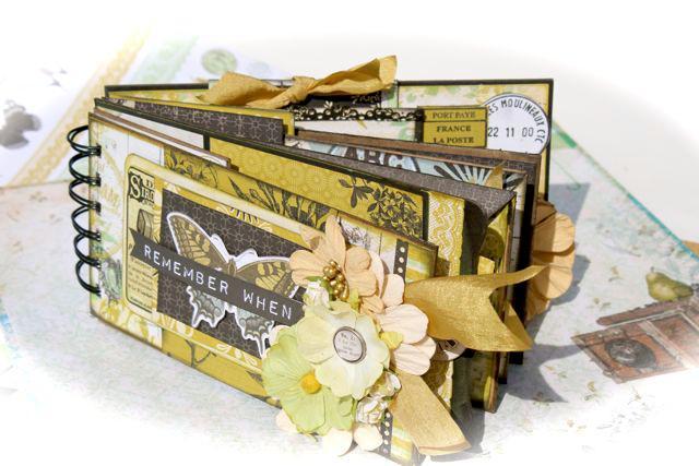 Pickled Pear Kaiser Kraft Collection Mini Envelope Album