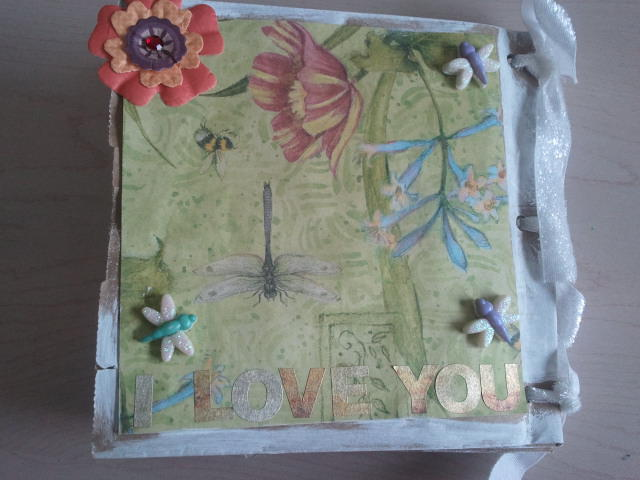 Dragonfly/butterfly scrapbook back page