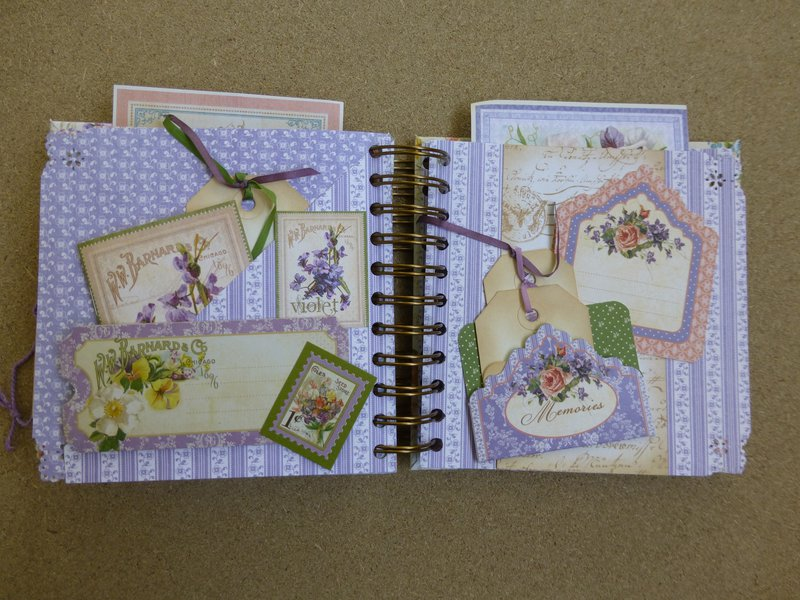 Secret Garden mini scrapbook