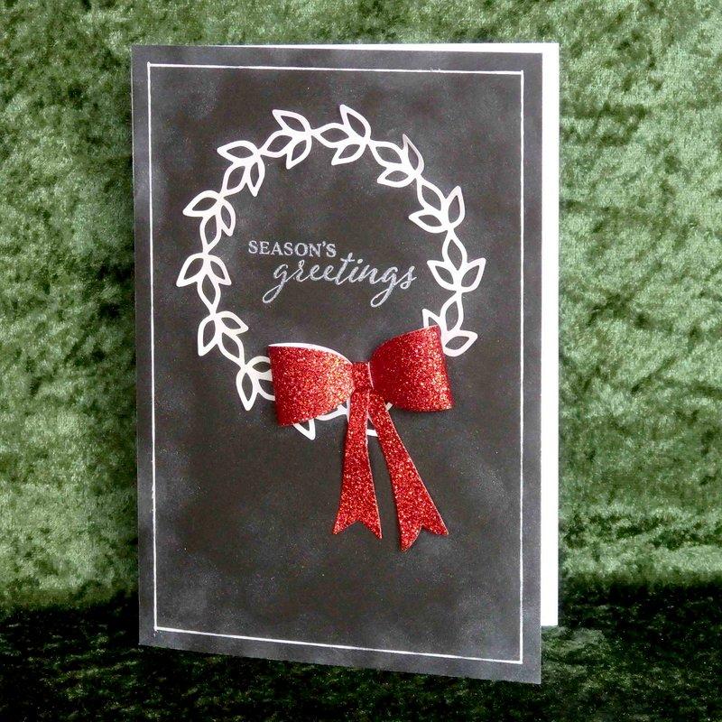 chalkboard Christmas wreath sparkling bow