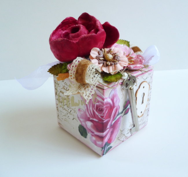 Rose Gift Box - Berry71Bleu