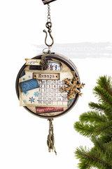 Calendar in tin
