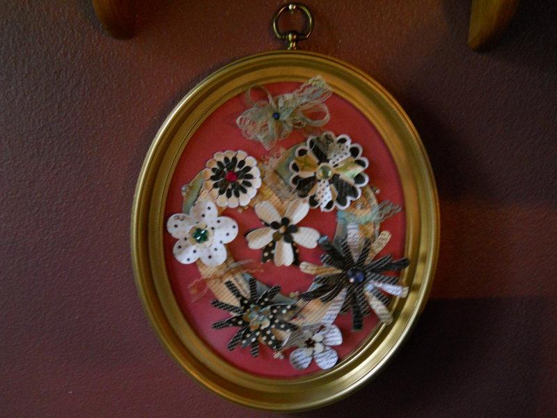 oval framed heart/flowers