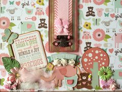Four-Fold Photo Board 'Baby's First Year' - Cover Close-up