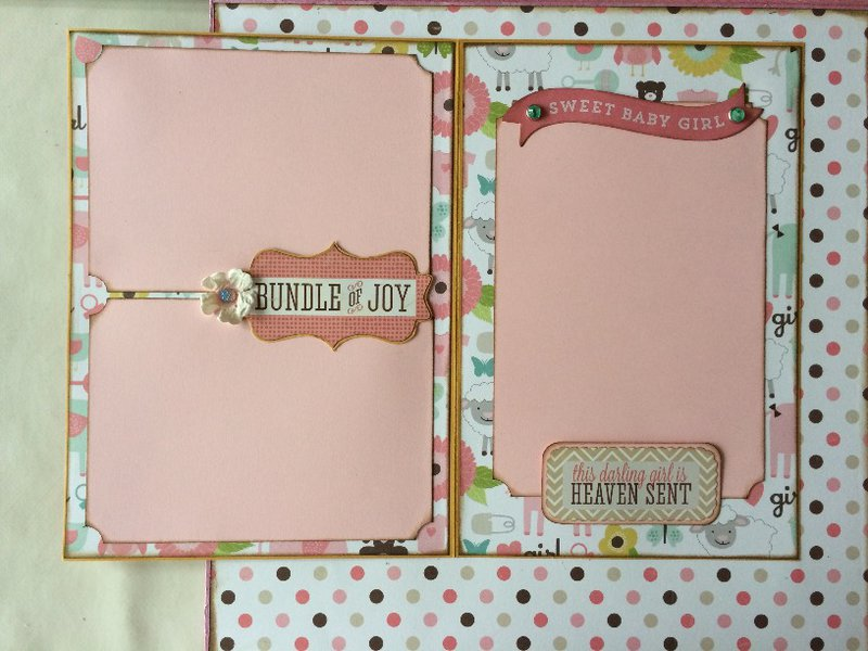 Four-Fold Photo Board 'Baby's First Year' - Interactive Layout 4