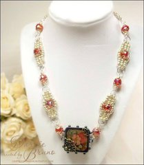 Vintage Floral Loom Necklace