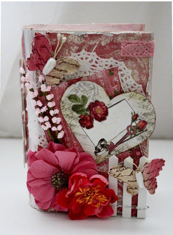 Love Book Box *Swirlydoos Kit Club*