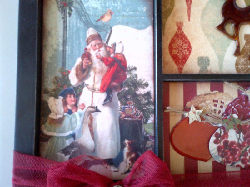 Detail - Vintage Santa with children frame