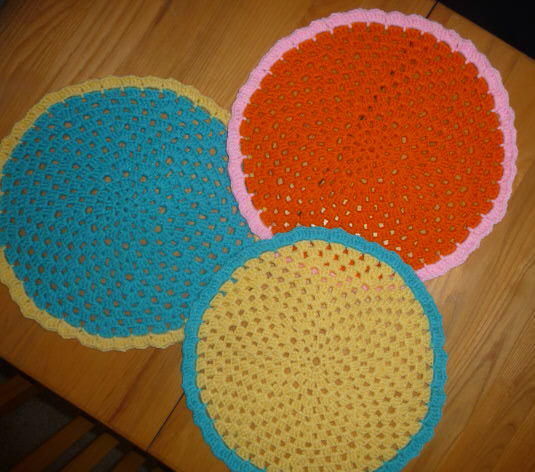 Eastery placemats