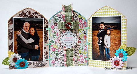Family Tri Fold frame *Clear Scraps*