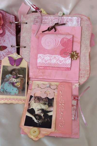 Shabby Chic Rose mini chipboard album