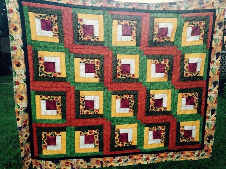 Autumn log cabin quilt