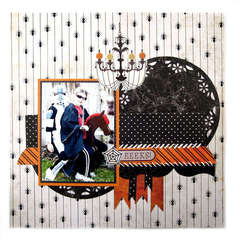 EEEKS! Featuring new Mini 8  and the Black Widow Collection from We R Memory Keepers