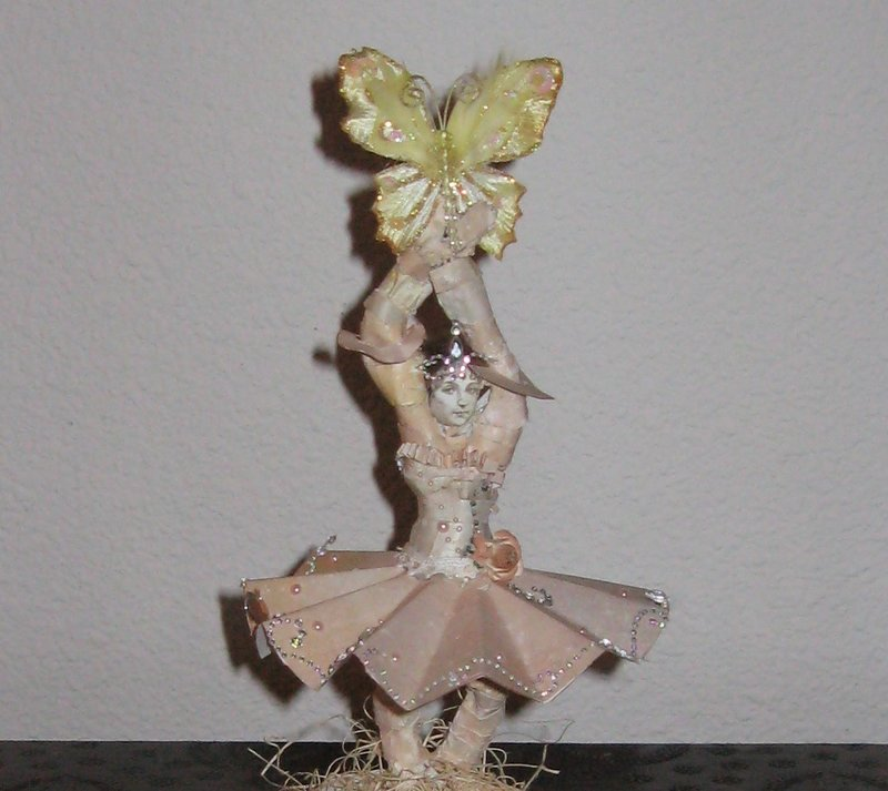 Prima ballerina modeling paste and paper figurine