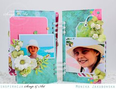 Mini album with flowers