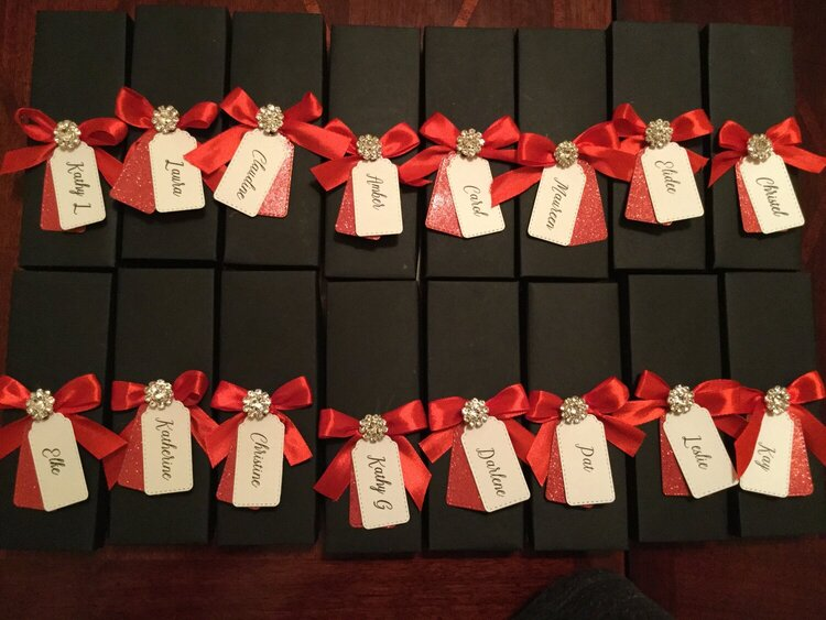 Gift Boxes for Bowling Team