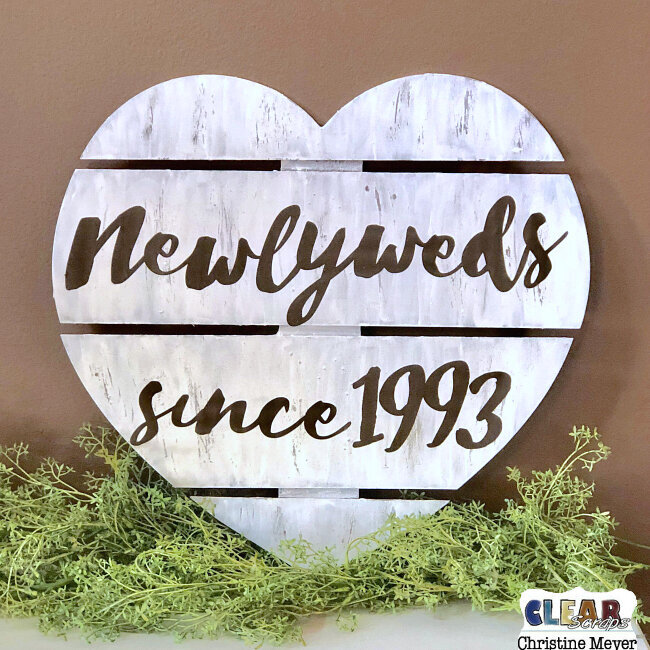 Newlywed Heart Pallet