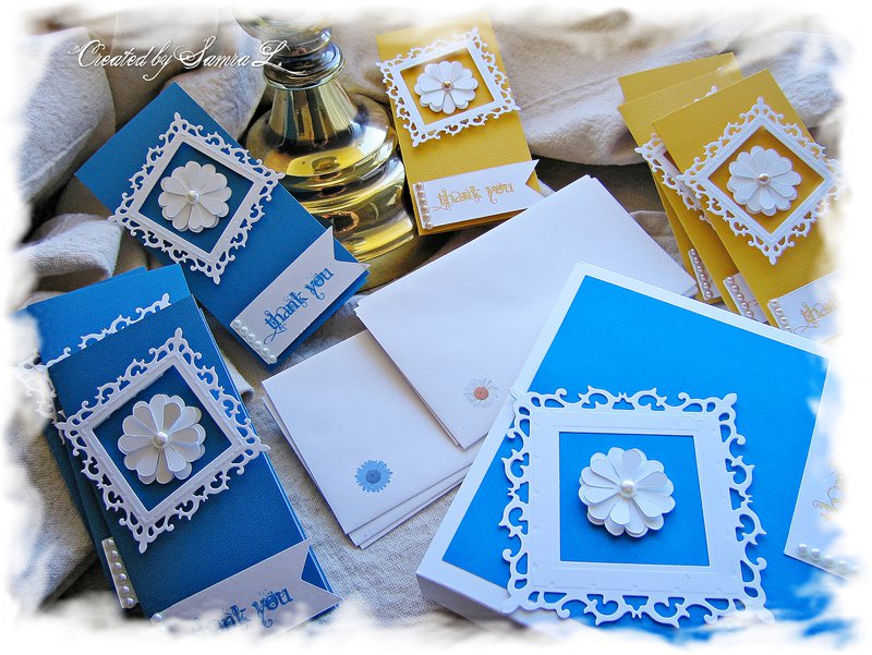 ELEGANT FLOWER NOTE CARD SET-THANK YOU-SET OF 8 NOTECARDS WITH MATCHING ENVELOPE-YELLOW AND BLUE