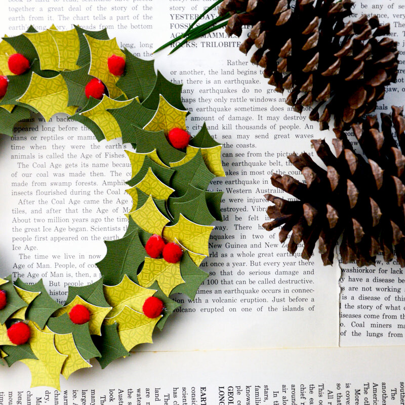 *Jillibean Soup* - CHristmas Paper Wreath