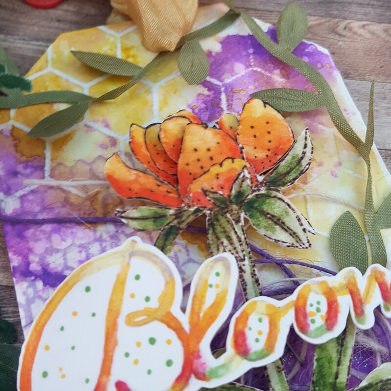 3D Floral Jumbo Tag