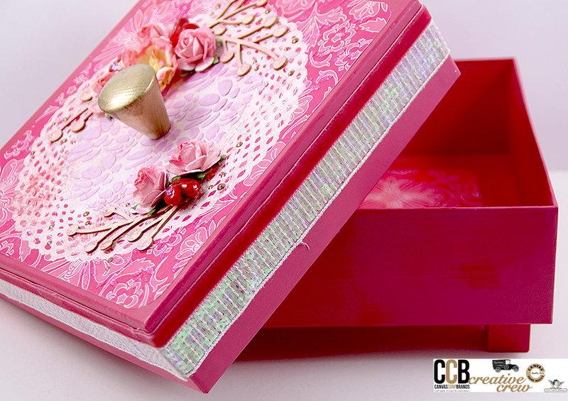 Pink present box
