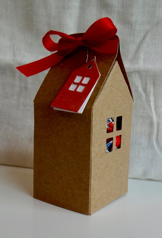 Gingerbread ornament houses