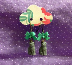 kitties and bows earrings- mint/aqua