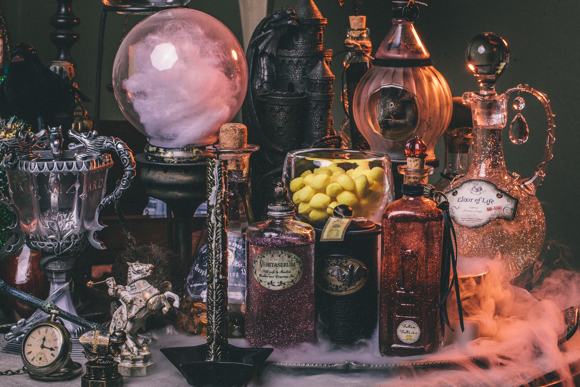 DIY Harry Potter Potion Display For Halloween: Dumbledoreu0027s Office
